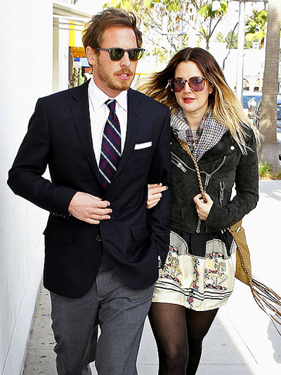 Mazal Tov To Drew Barrymore And Will Kopelman They Ve Made Their Wedding Date June 2 Public