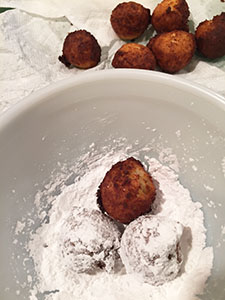 Ponchiki: Polish Cheese Doughnut Holes