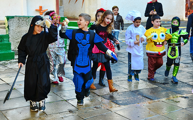 Kids dressed up for Purim