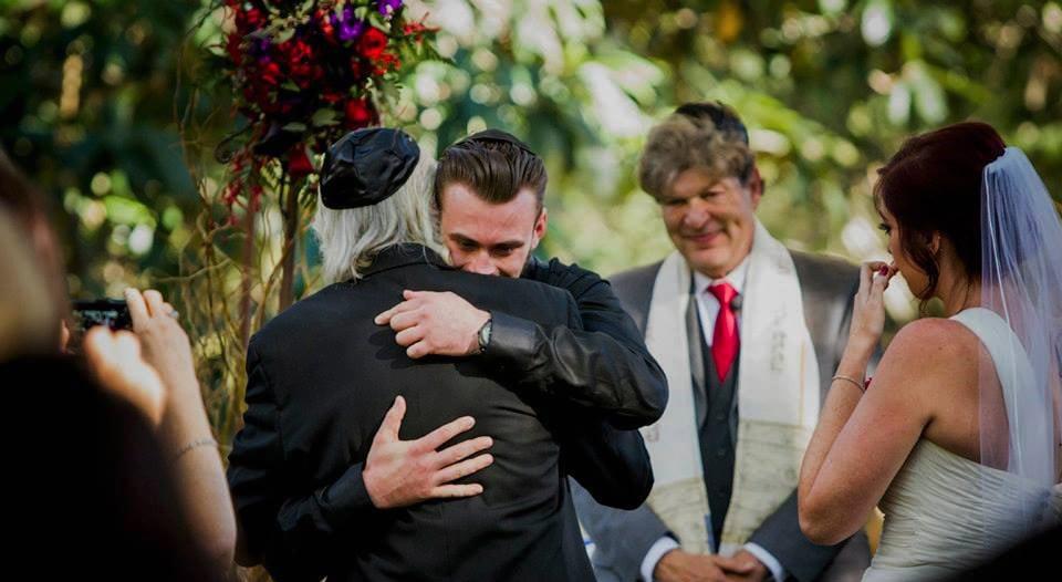 Rabbi Marc officiating a wedding