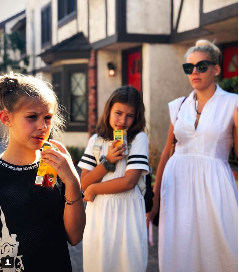 Busy Philipps & her kids